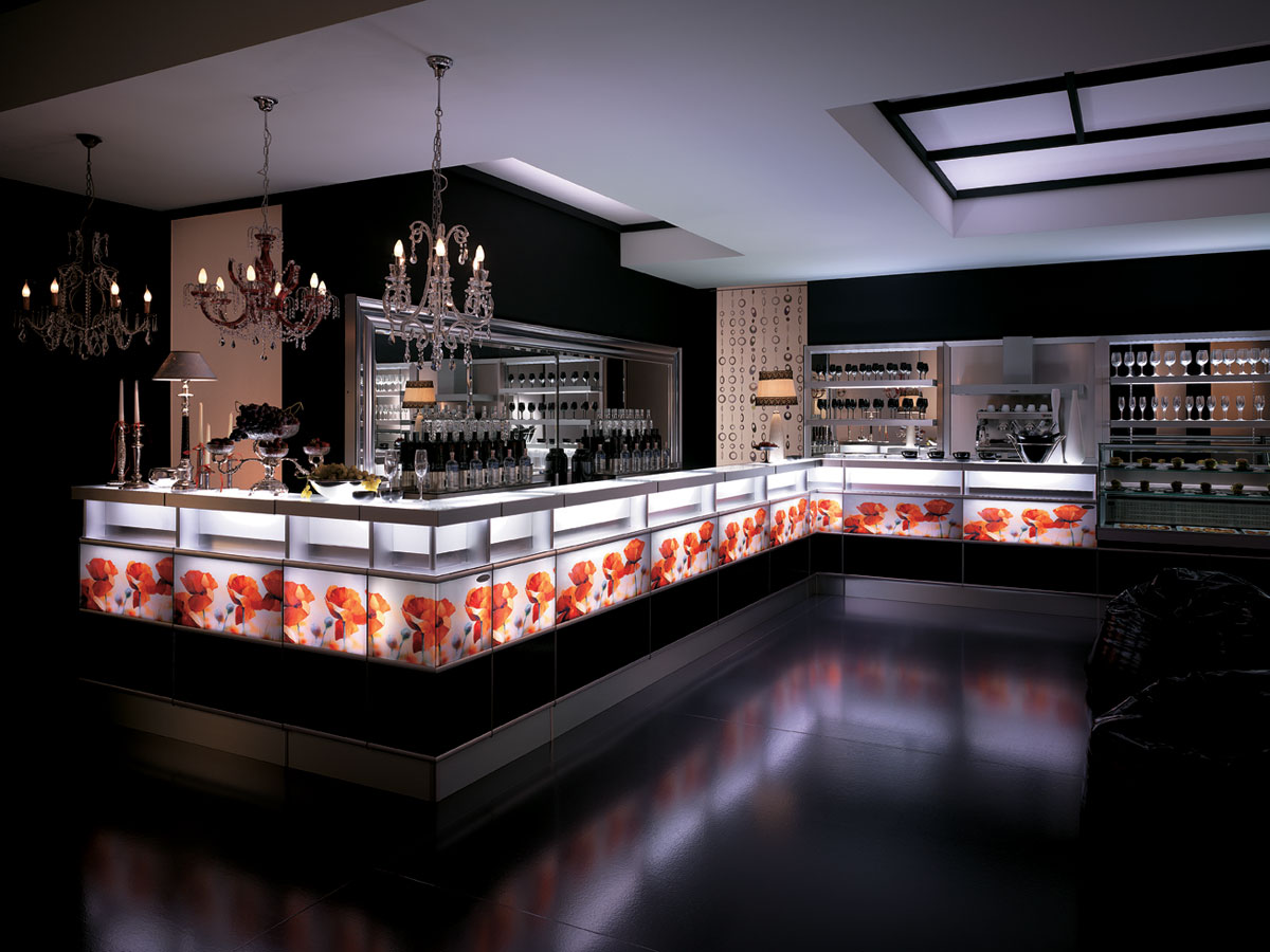 Banco bar strip fashion con frontale retroilluminato degart for Banchi bar e arredamenti completi