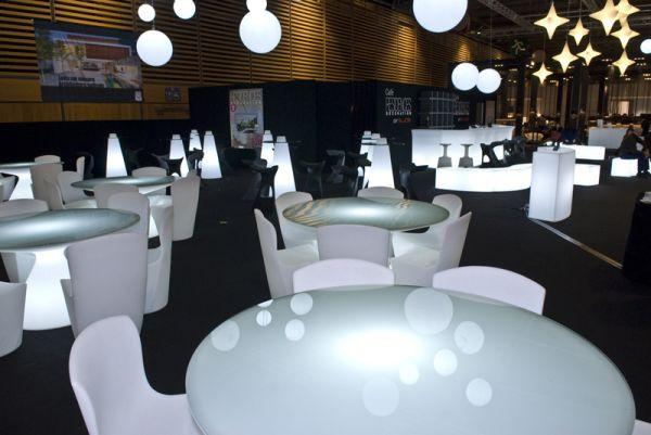 Tavolo luminoso ed ii ideale per l 39 arredo ristorate e l 39 arredo bar degart - Tavolo luminoso per disegno ...