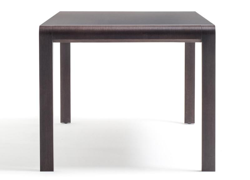Tavolo modello exteso ideale per l 39 arredo ristorante degart for Tavolo marrone scuro