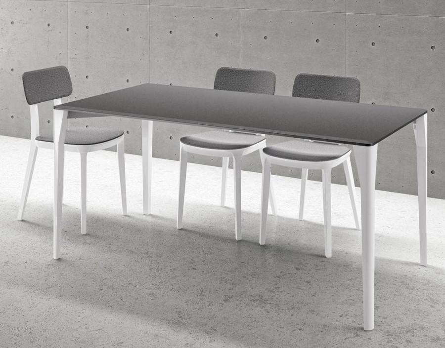 Tavolo moderno modello Porta Venezia