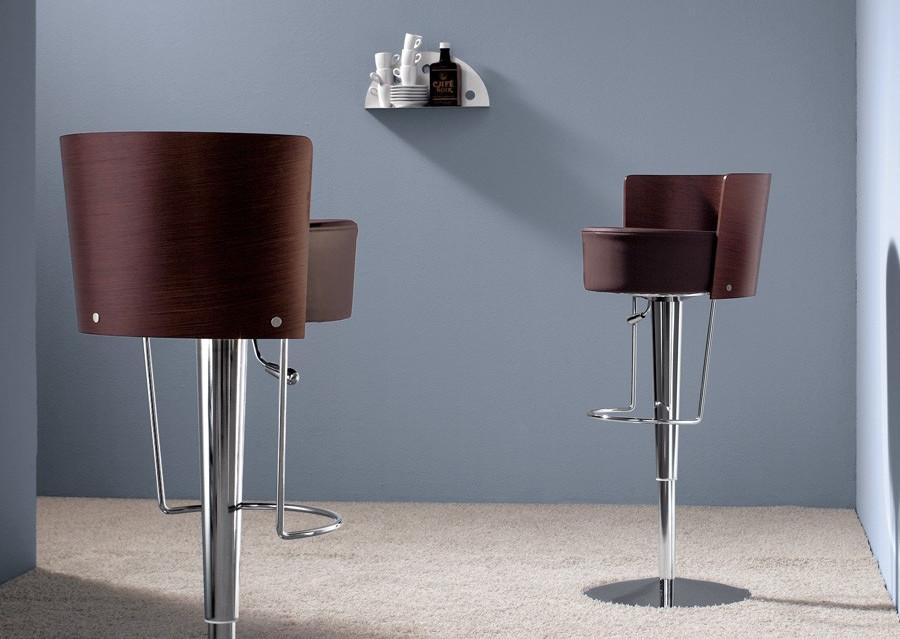 Sgabello bar modello bongo elegante e moderno degart