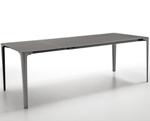 Tavolo modello Mat