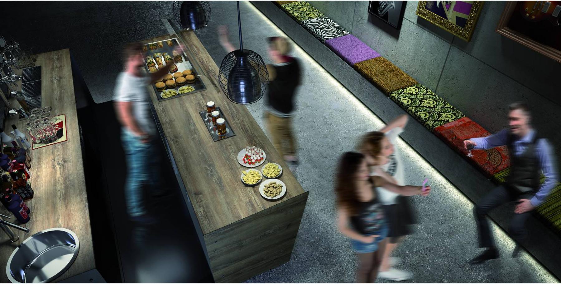 Vendita banchi bar e retrobanchi refrigerati per arredare for Banchi bar e arredamenti completi
