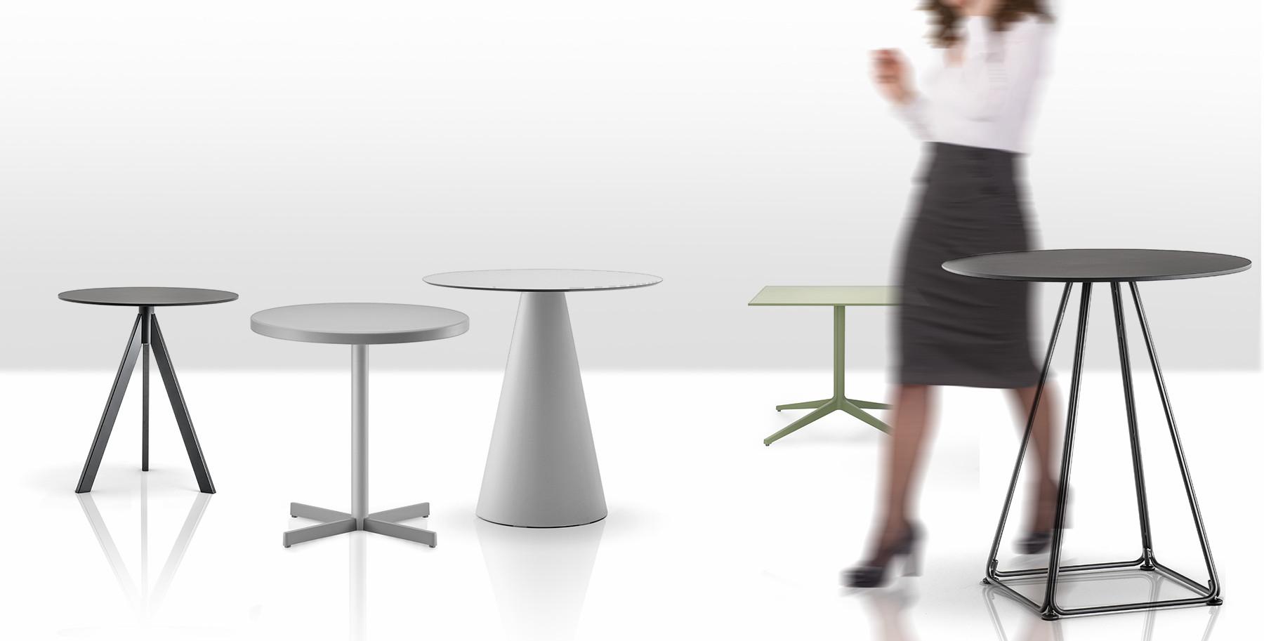 Tavoli bar per interni esterni arredo e attrezzature bar for Tavoli e divani per esterni